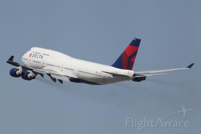 Boeing 747-400 (N662US)