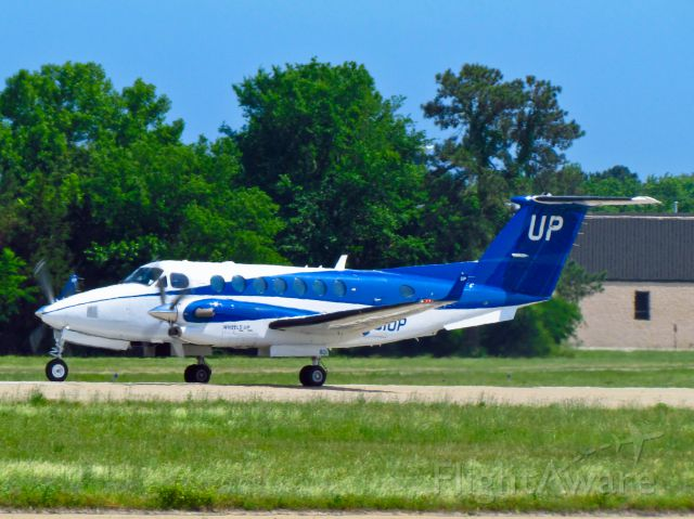 Beechcraft Super King Air 350 (N801UP)