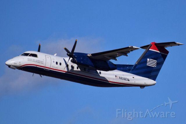 de Havilland Dash 8-100 (N806EX)