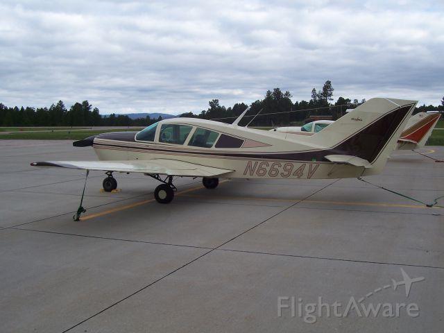 BELLANCA Viking (N6694V) - VikingPilots Fly-In Custer SD June 12-16 2013