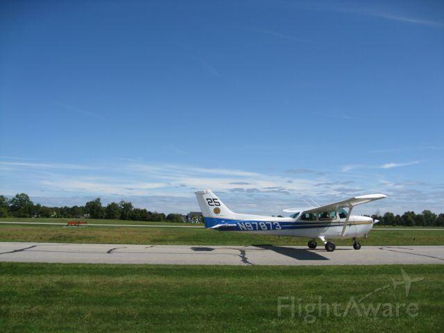 Cessna Skyhawk (N97873)