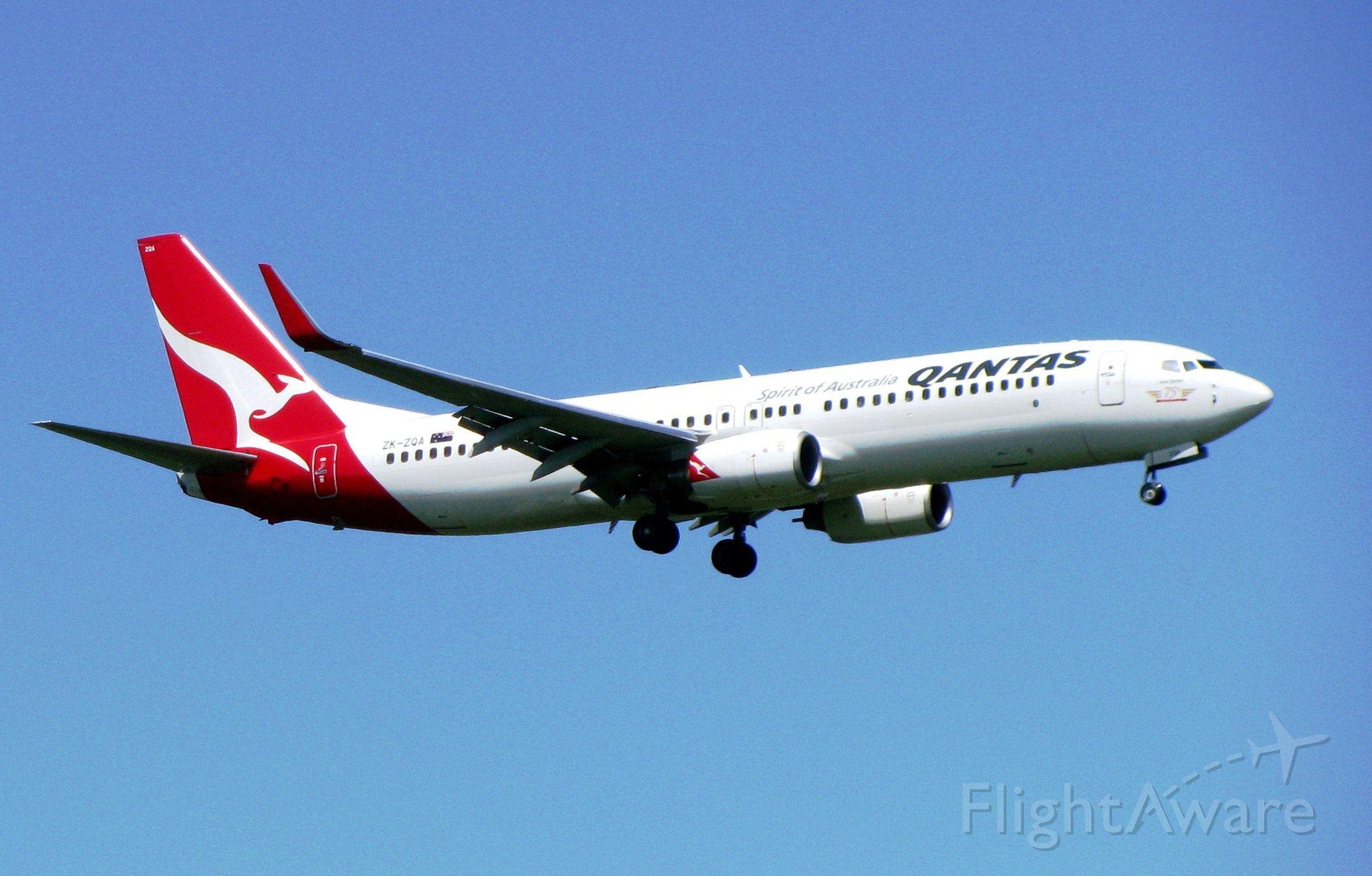 Boeing 737-800 (ZK-ZQA)
