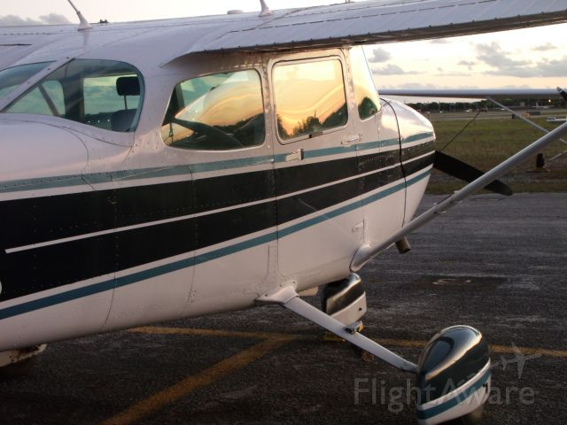 Cessna Skyhawk (N96100) - The sun setting at North Perry Airport as N96100 gets the evening to rest!br /br /[Image © Learn To Pilot .COM™]