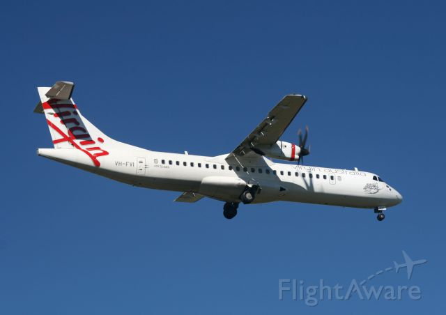 Aerospatiale ATR-72-500 (VH-FVI) - VH-FVI on approach for landing runway 19 at Townsville