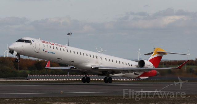 Canadair Regional Jet CRJ-100 (EC-MVC)