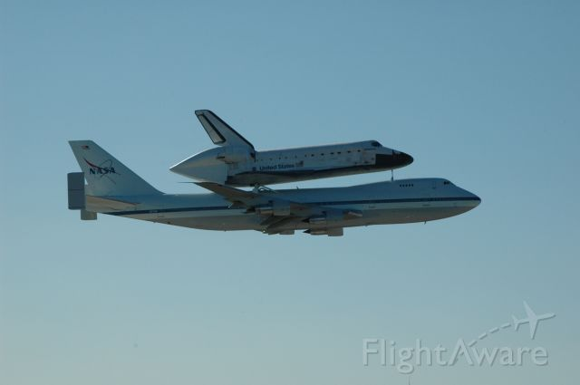 Boeing 747-200 (N911NA) - NASAs Ferry flight from Ellington field to Kennedy Space Center.