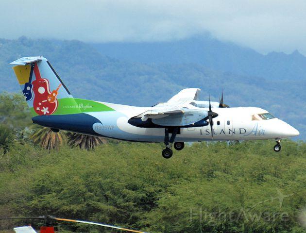 de Havilland Dash 8-100 (N805WP)
