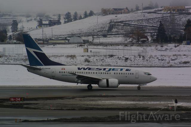 BOEING 737-600 (C-GWSB)