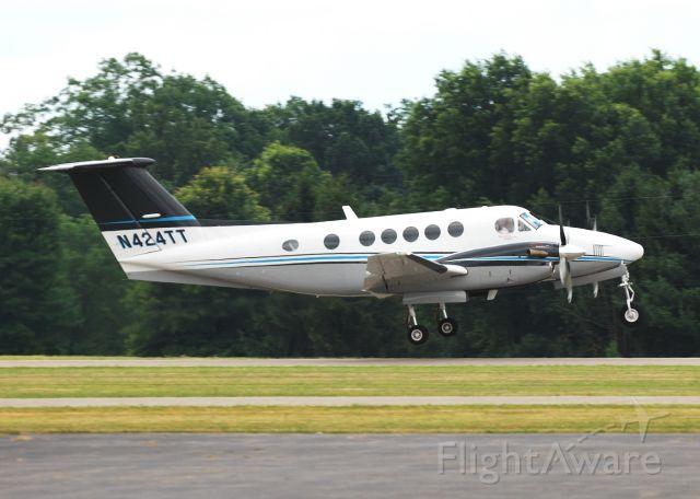 Beechcraft Super King Air 200 (N424TT)