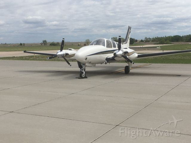 Beechcraft Baron (58) (N77XJ)