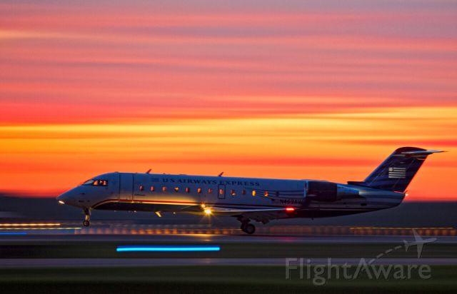 Canadair Regional Jet CRJ-200 (N463AW)