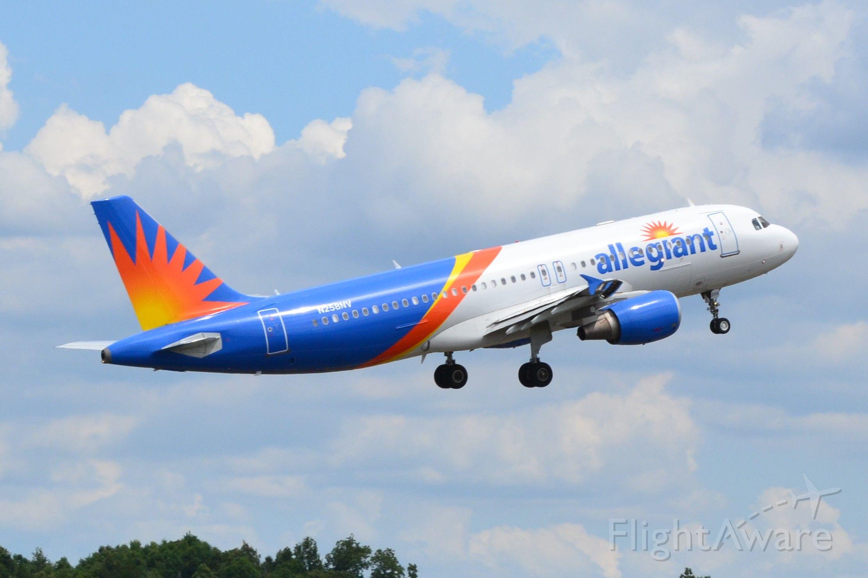 Airbus A320 (N258NV) - departing KJQF - 7/2/18