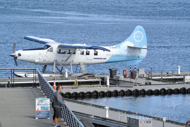 De Havilland Canada DHC-3 Otter (C-GHAS)
