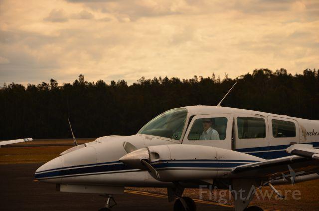 Beechcraft Duchess (VH-AGG)