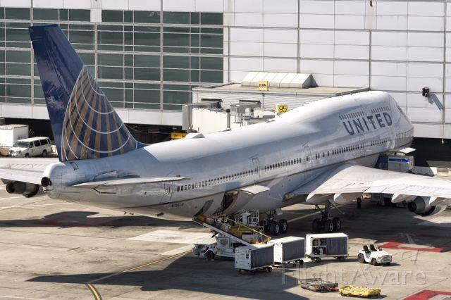 Boeing 747-400 (N118UA) - 18th July, 2015