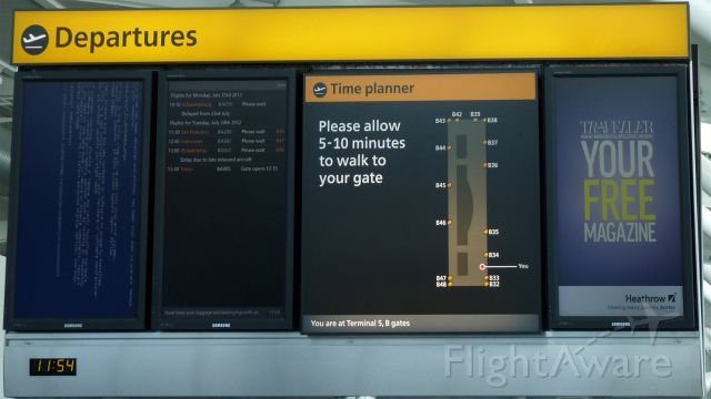 — — - Blue Screen of Death at Heathrow. Looking at that board, I was hoping that that was the only thing that crashed. O.o