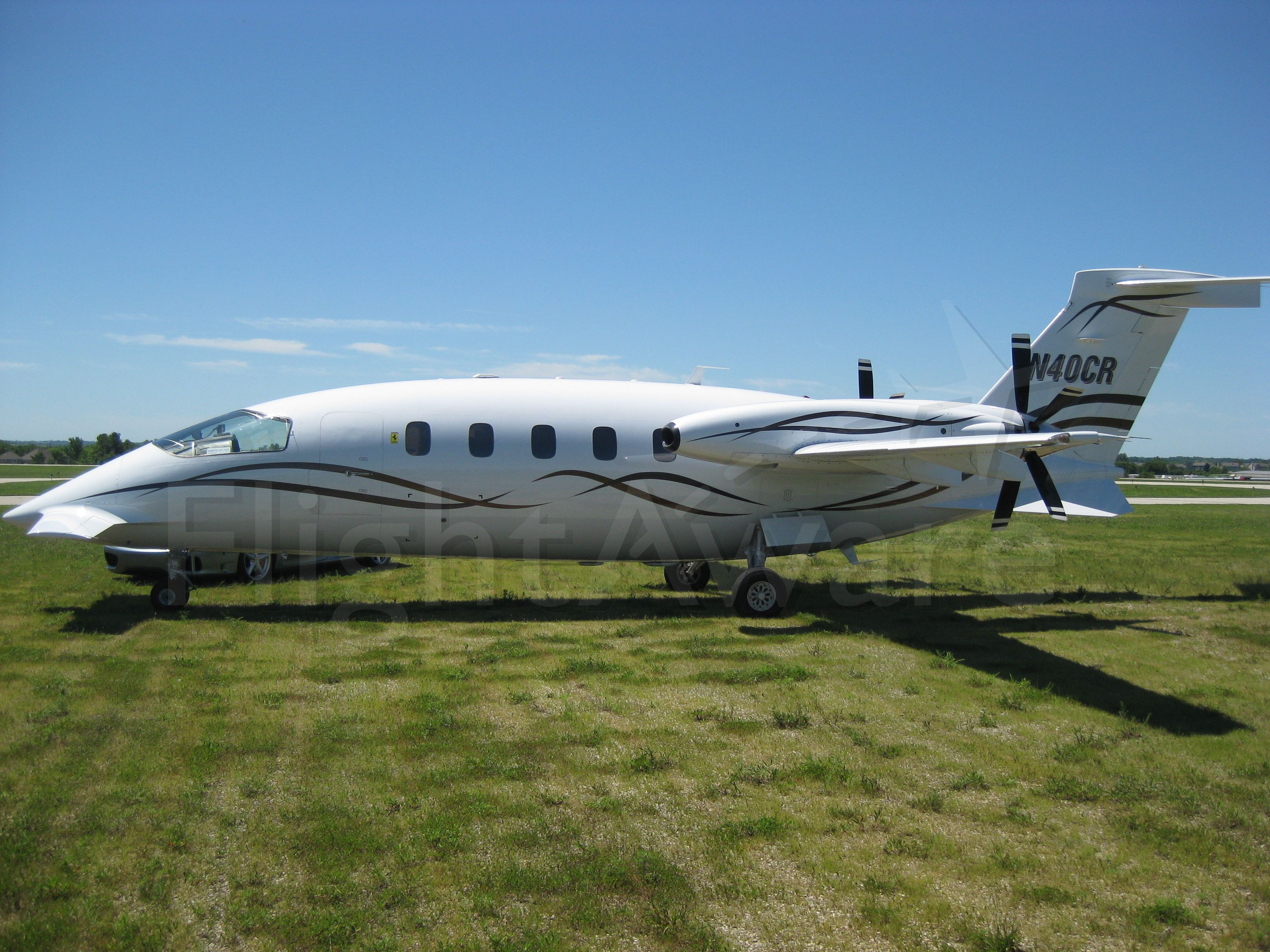 Piaggio P.180 Avanti (N677P) - This is one of the very few owner flown Piaggio Avantis in the U.S.