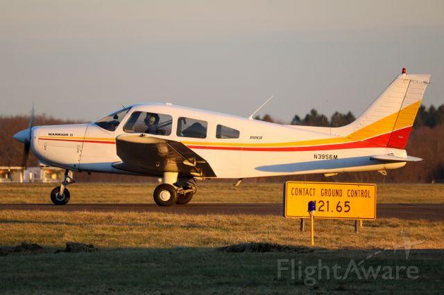 Piper Cherokee (N3956M)