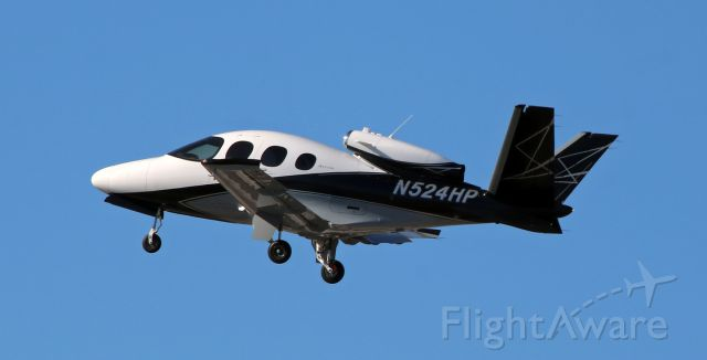Cirrus Vision SF50 (N524HP) - My first-ever capture of a Cirrus Vision Jet is also the first photo of N524HP to be posted into FA's photo gallery.