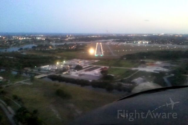 N508TE — - Landing RNWY 15