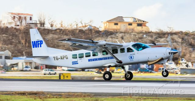 TG-APG — - She was small but who ever she had onboard came to the island to make a impact with the WFP World Food Program organization under the watchful eyes of the UNITED NATIONS.<br />TG-APG landing at TNCM St Maarten days after the passing of our good friend IRMA!!!