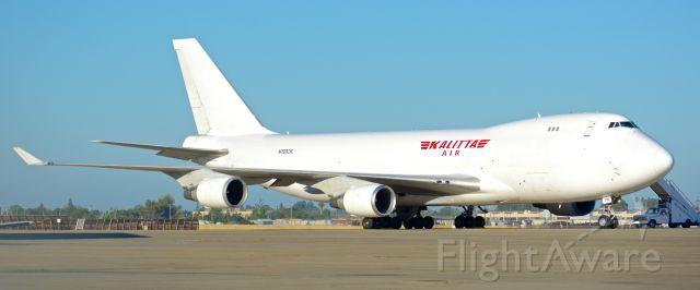 Boeing 747-400 (N700CK) - Kalitta Air Boeing 747-400F Video - a rel=nofollow href=http://www.youtube.com/watch?v=VO9hJ6tMLDchttps://www.youtube.com/watch?v=VO9hJ6tMLDc/abr /br /Former Centurion Air Cargo (N901AR) and Cargolux (LX-KCV) (also Cargolux Italia).