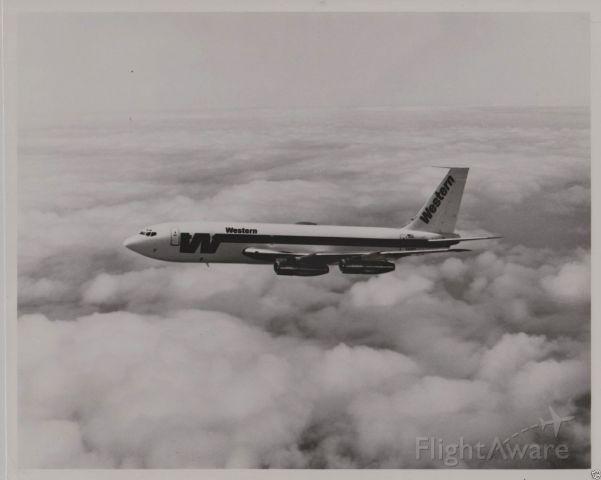 Boeing 720 —