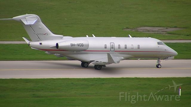 Bombardier Challenger 300 (9H-VCO)