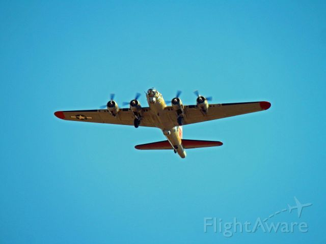 Boeing B-17 Flying Fortress (N93012) - HERE SHE COMES NINE O NINE VISITS PERRY GEORGIA