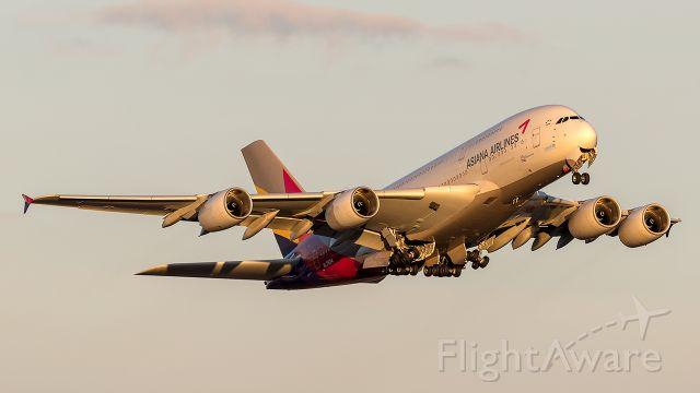 Airbus A380-800 (HL7634)