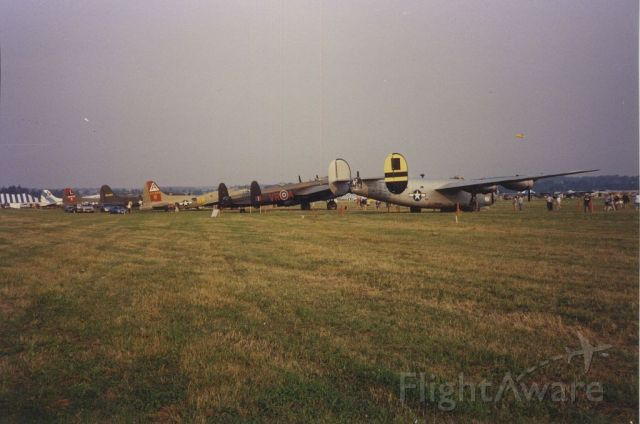 Consolidated B-24 Liberator (N224J) - a busy geneseo back in early 1990s. the chino of the east