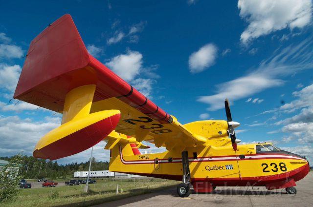 Canadair CL-415 SuperScooper (C-FASE)