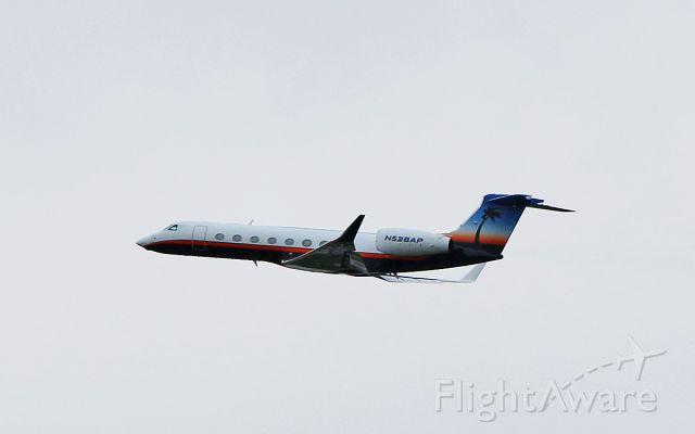 Gulfstream Aerospace Gulfstream V (N528AP) - n528ap dep shannon 11/4/17.