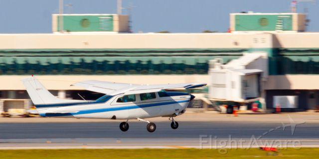 Cessna Centurion (N210TX)