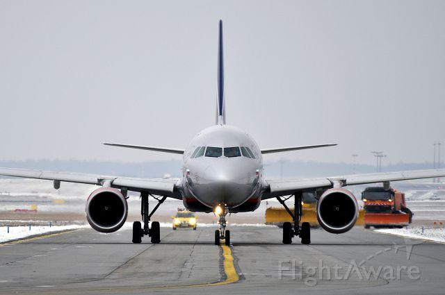 Airbus A320 (VP-BZQ) - A320-214 Aeroflot