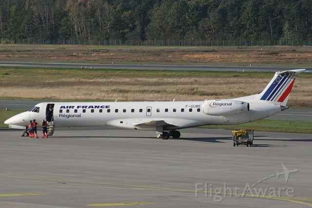 Embraer ERJ-145 (F-GUBE)