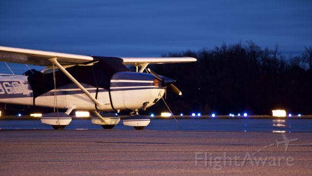 Cessna Skyhawk (N80366)