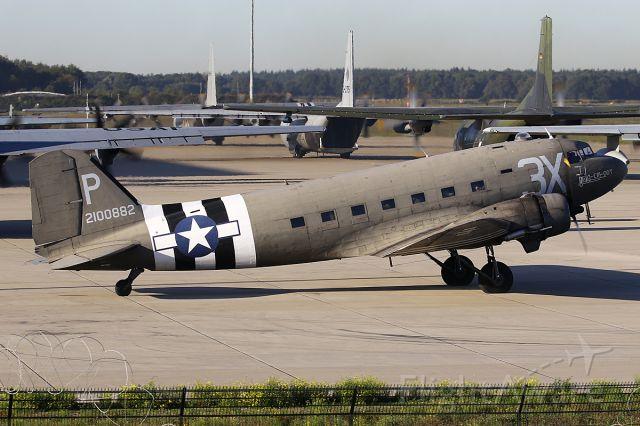 Douglas DC-3 (N473DC)
