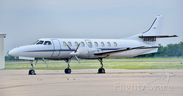 Fairchild Dornier SA-227DC Metro (N685BA) - Encore Air Cargo Metroliner at Mesquite Metro Airport