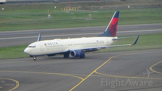 Boeing 737-800 (N3749D) - Just in from Salt Lake City. Date - Nov 9, 2018