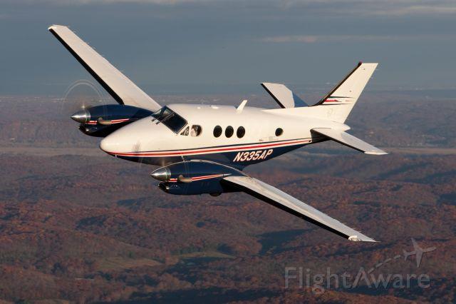 Beechcraft King Air 90 (N335AP)