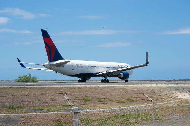 BOEING 767-300 — - Delta 767-300 heading to the west coast from Honolulu.