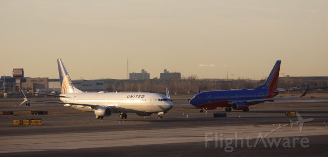 Boeing 737-700 (N67827)