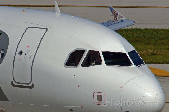 Airbus A320 (N208FR)