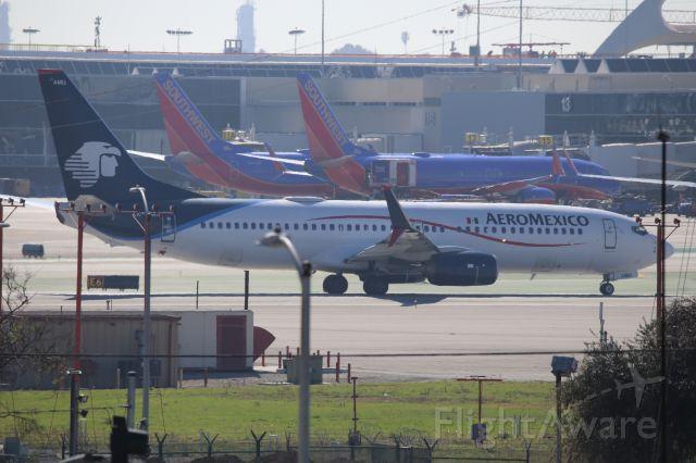 Boeing 737-800 (XA-AMU)
