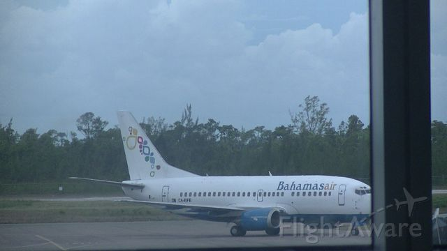 Boeing 737-500 (C6-BFE) - Arriving into the Gate @ MYNN
