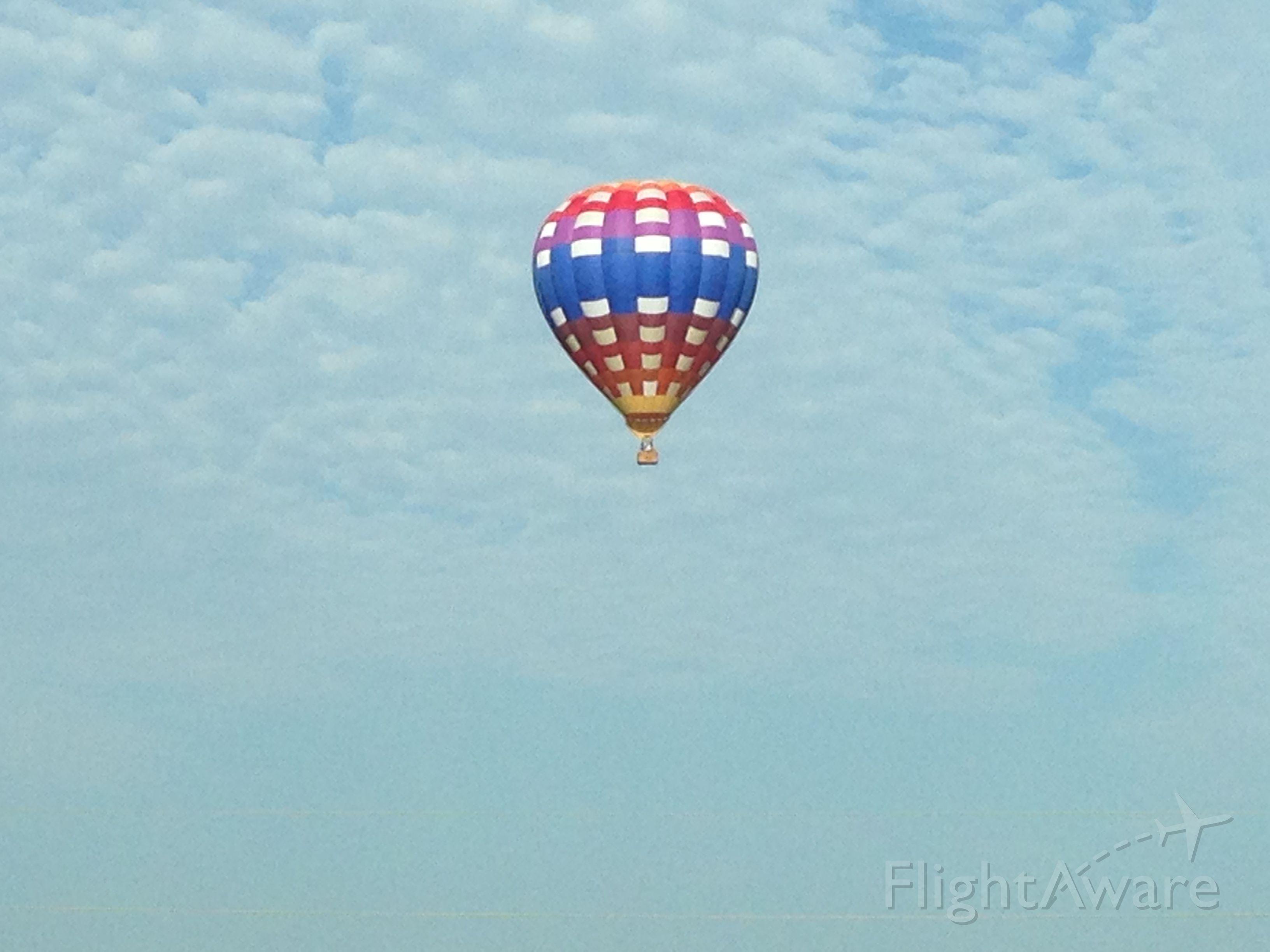 Unknown/Generic Balloon — - Somewhere near Grandview, MO