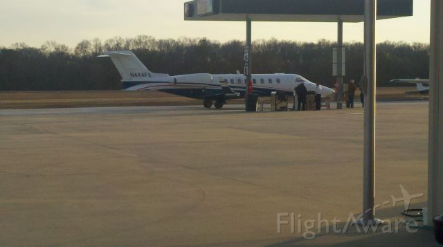 Learjet 45 (N444FX) - Getting fuel at Sanders Aviation.