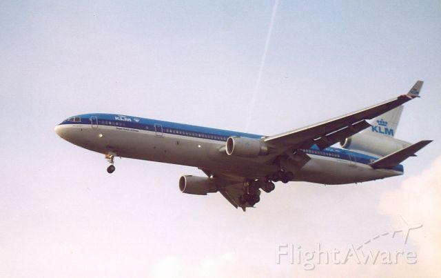 Boeing MD-11 (PH-KCA) - KLM MD-11P cn48555; Archief 18aug99