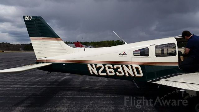 Piper Cherokee (N263ND) - Photo taken after we just landed in Sanford, ME for breakfast at the Cockpit Cafe.